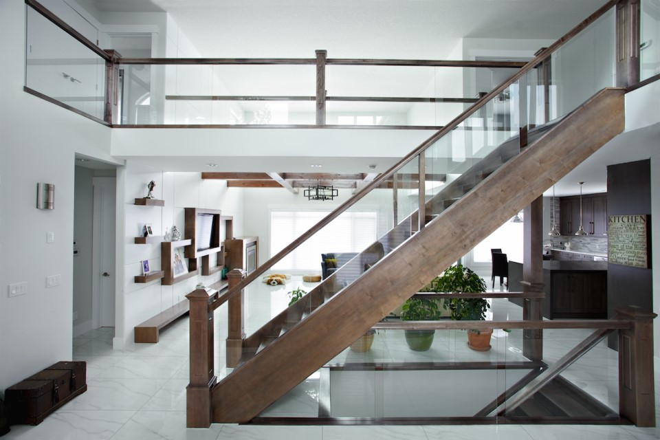 Why You Choose Glass Railing For Your Home