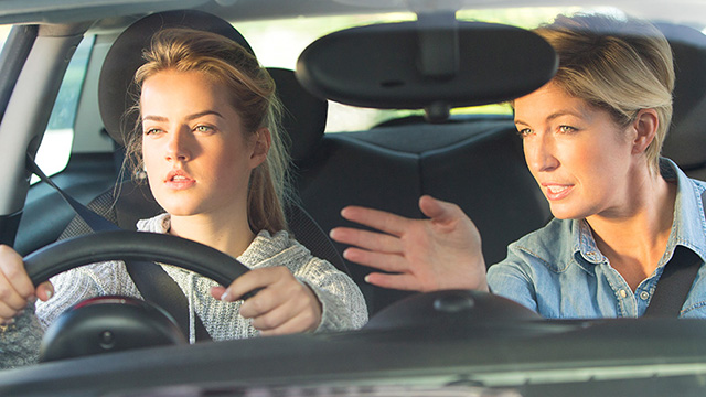 Steps To Follow While Choosing A Driving Instructor - YLOODrive